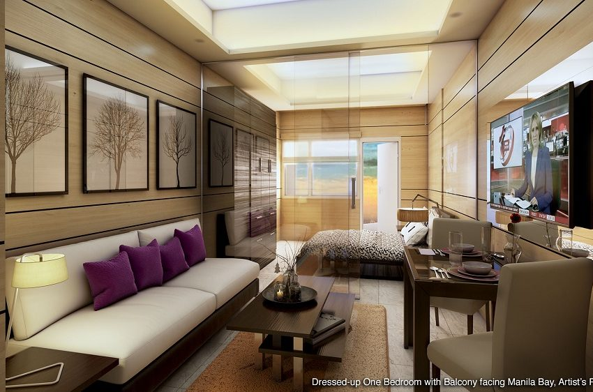 coastresidencessmdc_1_-_Bedroom_with_Balcony_Facing_Manila_Bay